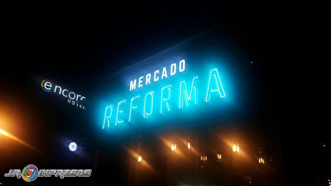 Letras de Acero Neon